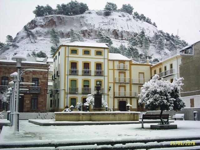 Videos  y fotos de nuestros lugares de origen o residencia 123215-santisteban-del-puerto-nevada-en-santisteban