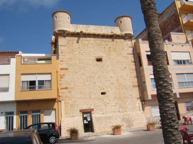El castillo de torreblanca castell n - El tiempo torreblanca castellon ...