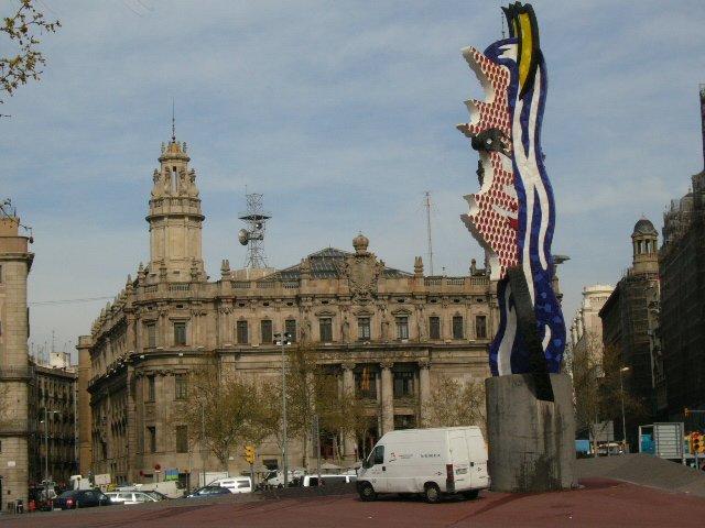 Edificio de correos barcelona for Oficina de correo barcelona