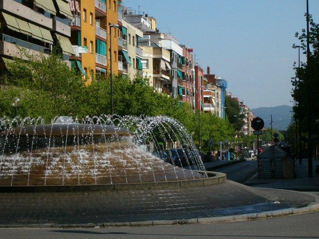Fuente rotonda doctor moragas - Muebles barbera del valles ...