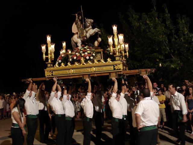 Procesion de santiago 2010 for Villanueva del rey