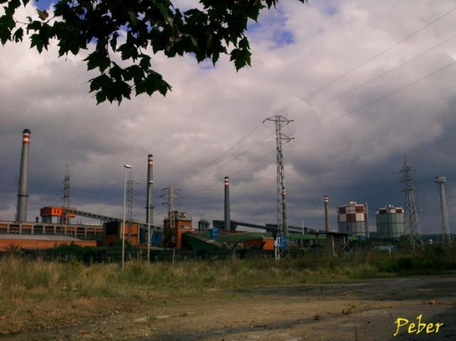 Gasometros y Chimeneas
