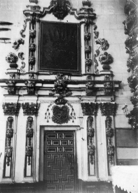 puerta de la sacrist�a