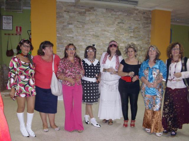 Fiesta de los 50 a os 20011 sierra de fuentes for Decoracion salon 50 anos hombre