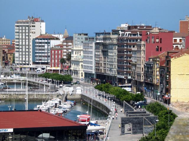 zona fomento gijon asturias: