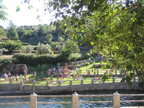 piscina natural aldeanueva de la vera
