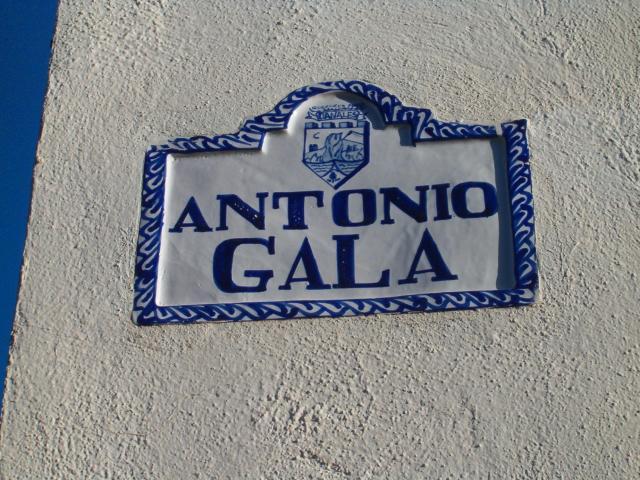 CALLE ANTONIO GALA