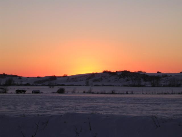 Puesta de sol con paisaje nevado navidad 2004 - Paisaje nevado navidad ...