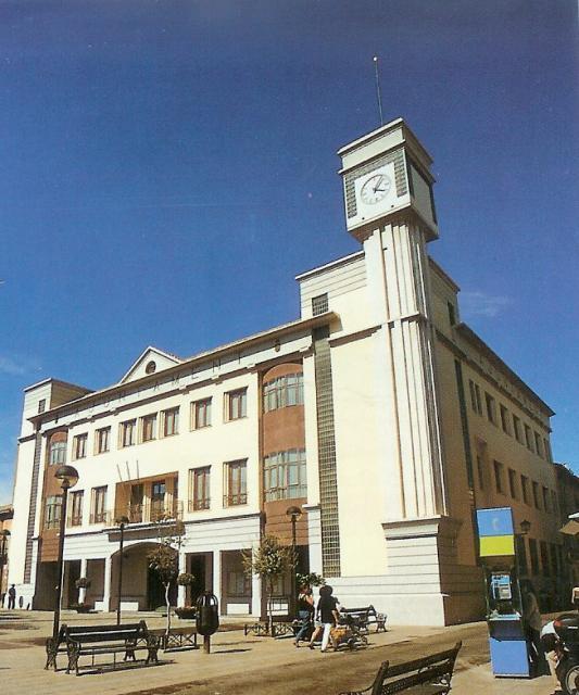 Ayuntamiento for Piscina quart de poblet