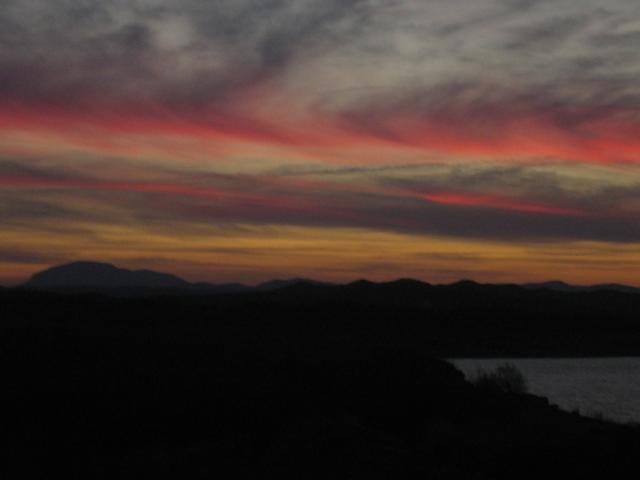 Se va escondiendo el sol 74334-bacor-puesta-de-sol-rosada