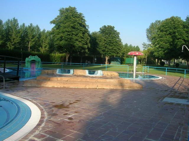 Piscinas de valencia de d juan valencia de don juan for Horario piscinas valencia de don juan