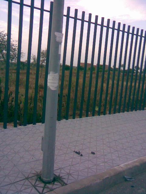 cacas en la calle villaverde
